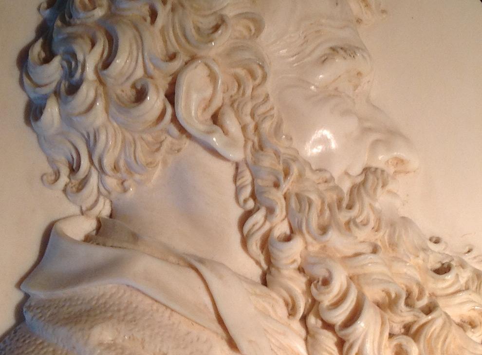 skulpturen-elfenbeinmedaillon-02