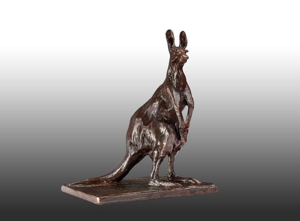 Aufrecht stehendes Känguru
