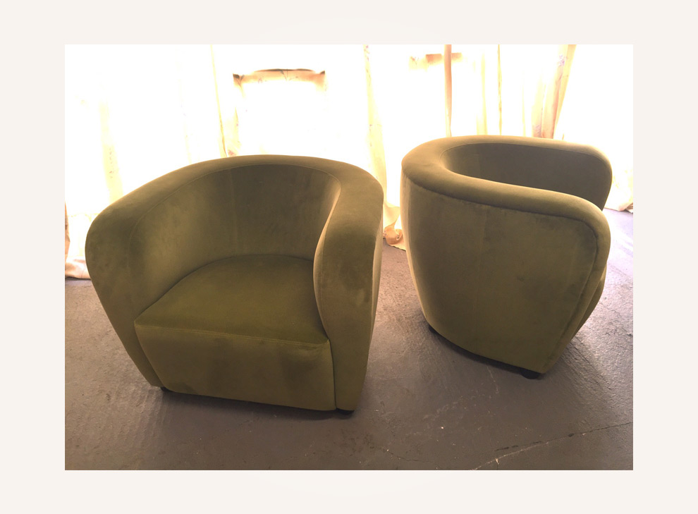 A pair of lounge chairs by Jindrich Halabala