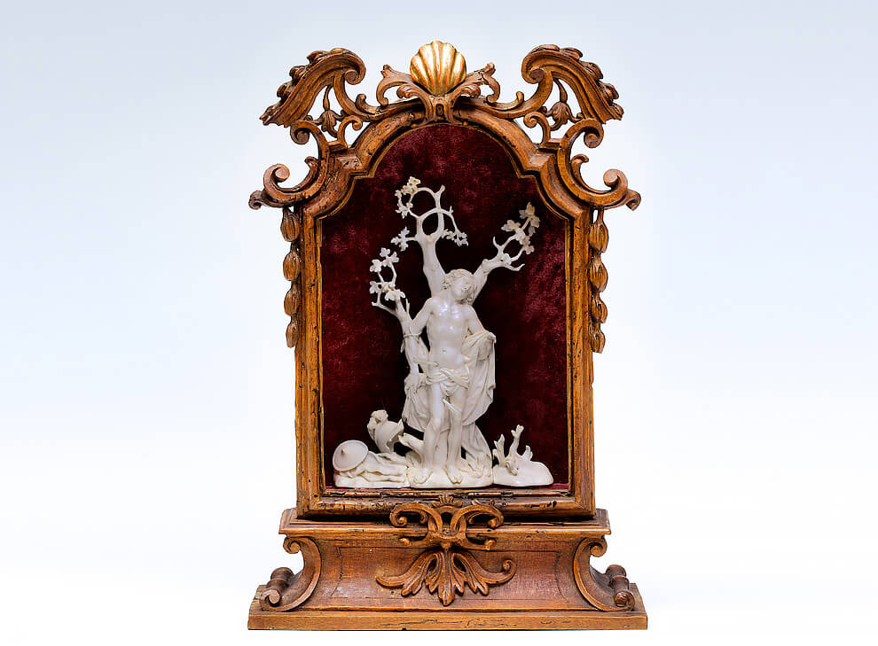 Fine carved ivory figure, St  Sebastian, in a small
