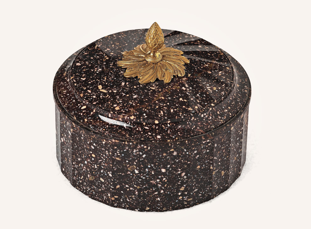 """Porphyry Butterbox"""