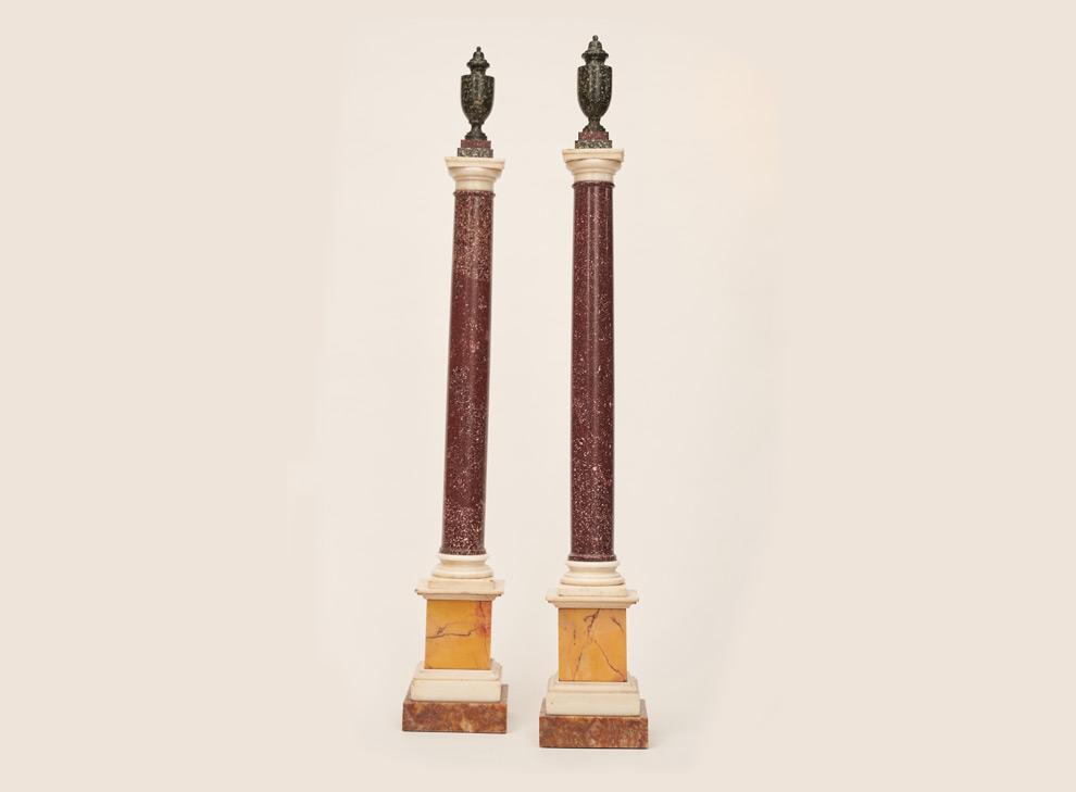 Ein paar seltene Porphyr Säulen