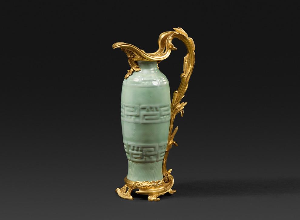 Chinesischer Louis XV Seladon-Porzellankrug