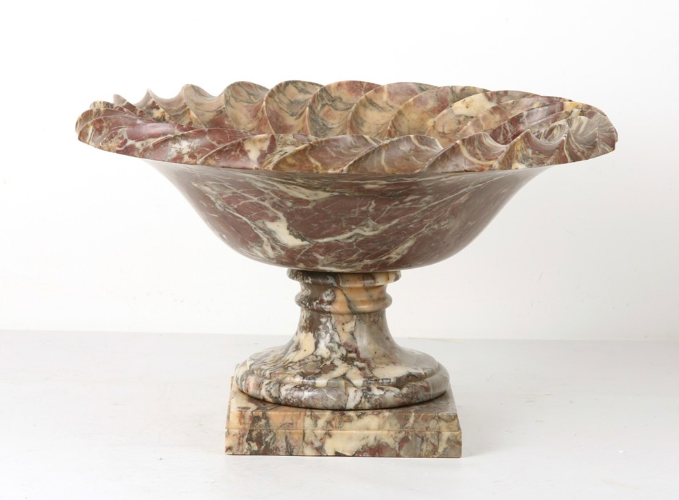 A large late 18th / early 19th century italian fleur de pecher marble tazza