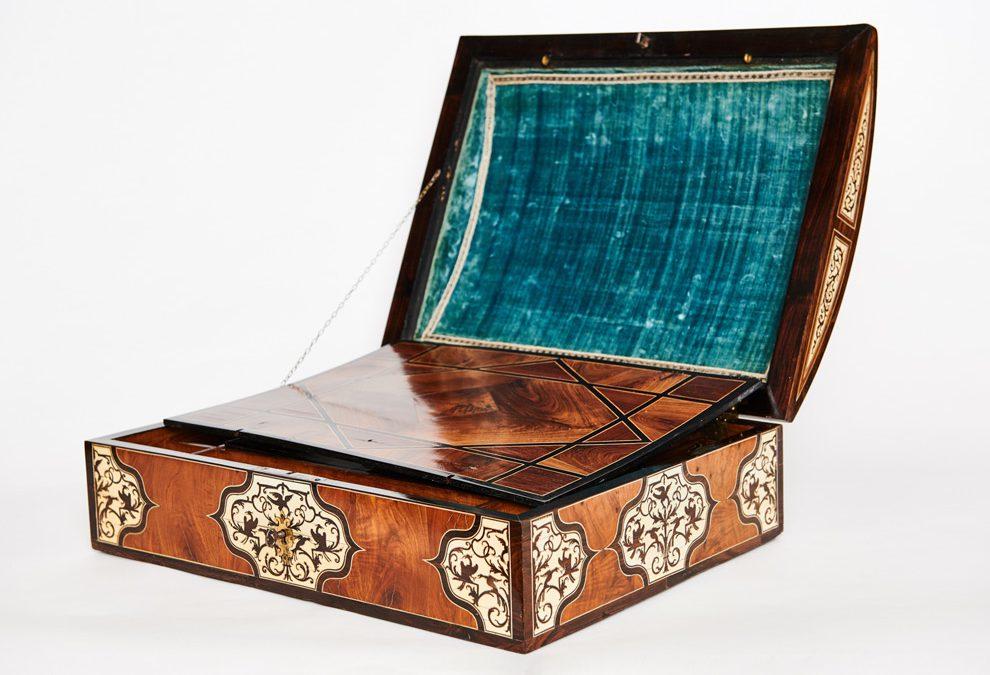 Aussergewöhnliche und bedeutende Schreibschatulle