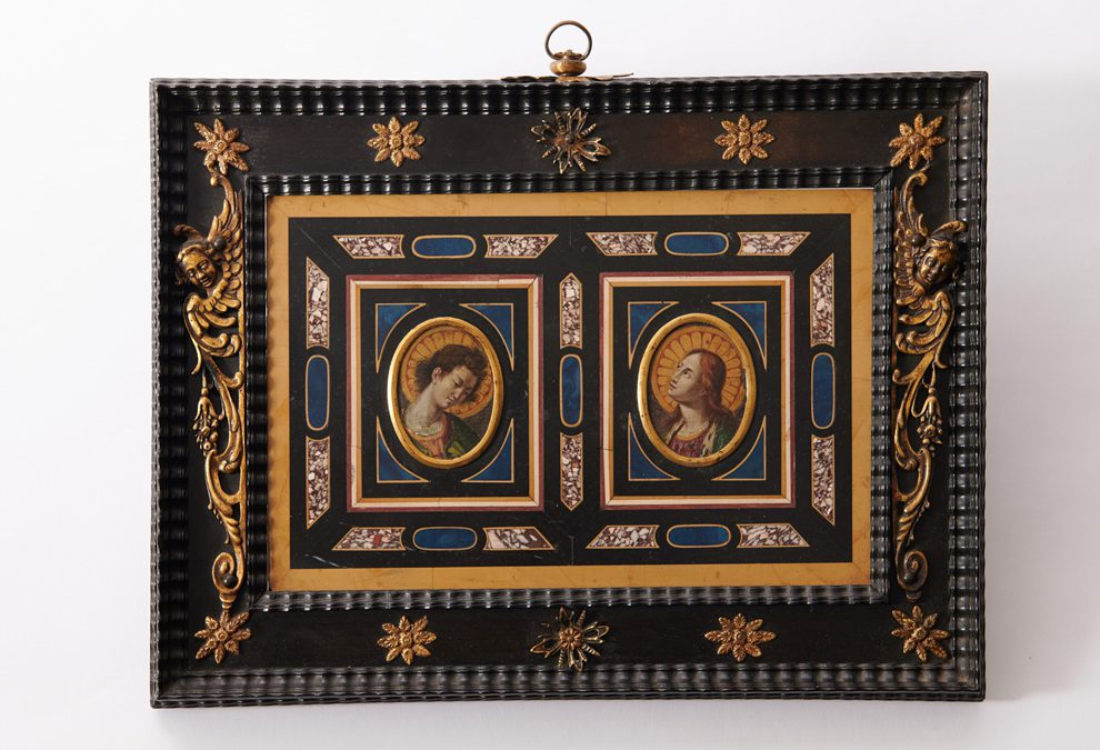 Marble and Pietra Dura plaque with depiction of the annunciation
