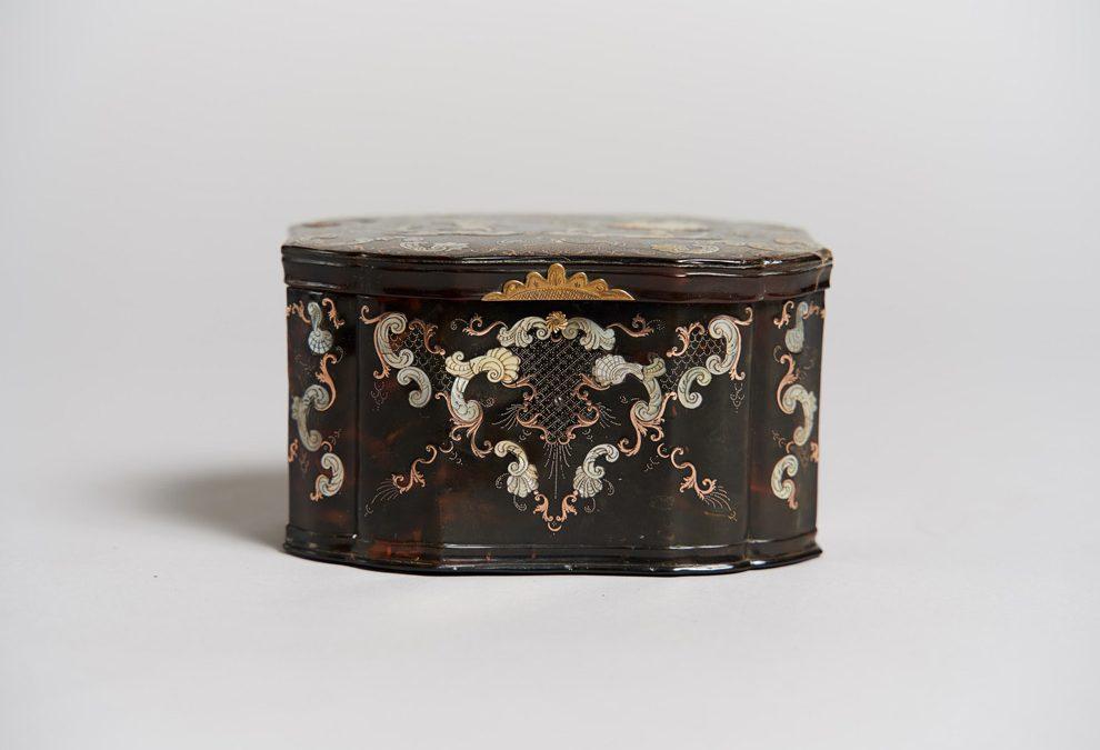 A Neapolitan tortoiseshell casket