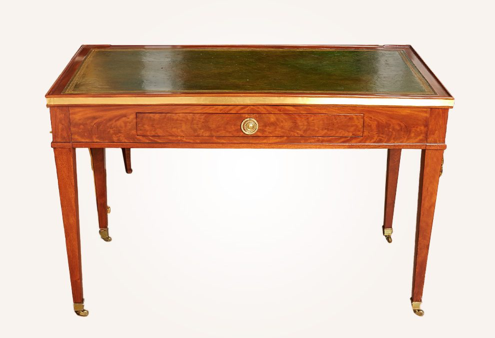 Tric Trac game table