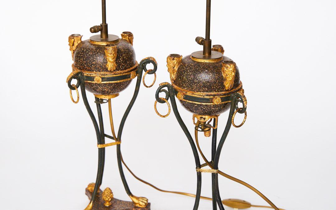Ein Paar Öllampen